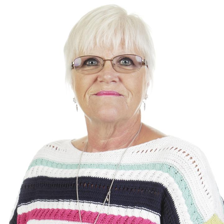Mrs D Isherwood